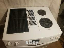 Jenn air JES9750AAW WHITE RANGE with unit downdraft