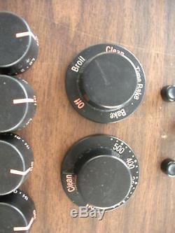 Set of 9 Jenn Air Range Burner Oven Control/Stove/Range Knobs